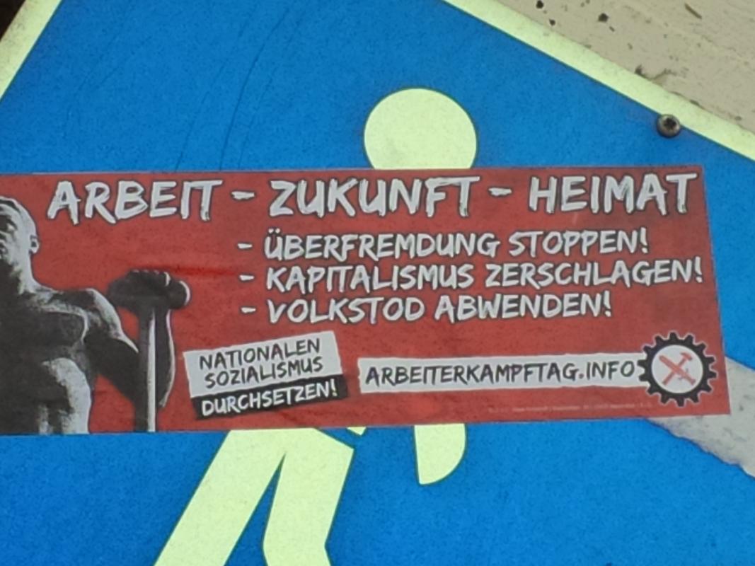 NaziAufkleberTreuchtlingen1Mai2015